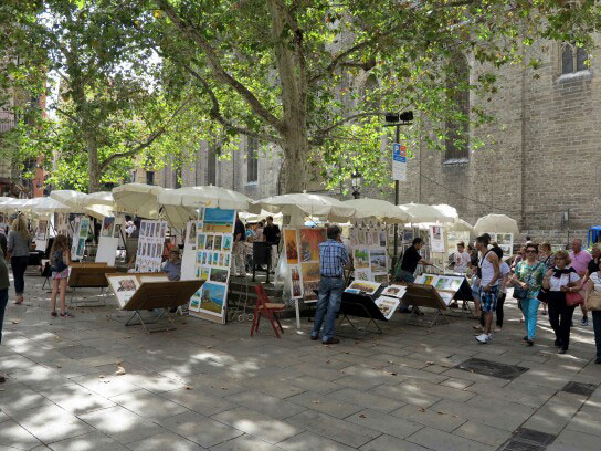 Mercado-de-arte-de-la-plaza-del-Pi-2